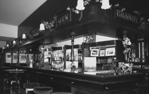 Picture of the Overseas Club Bar